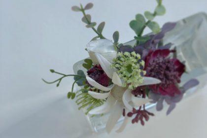 アーティフィシャルフラワー 造花 コサージュ 誕生日 お祝い